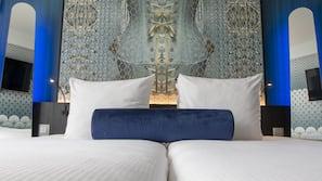 Premium bedding, in-room safe, desk, laptop workspace
