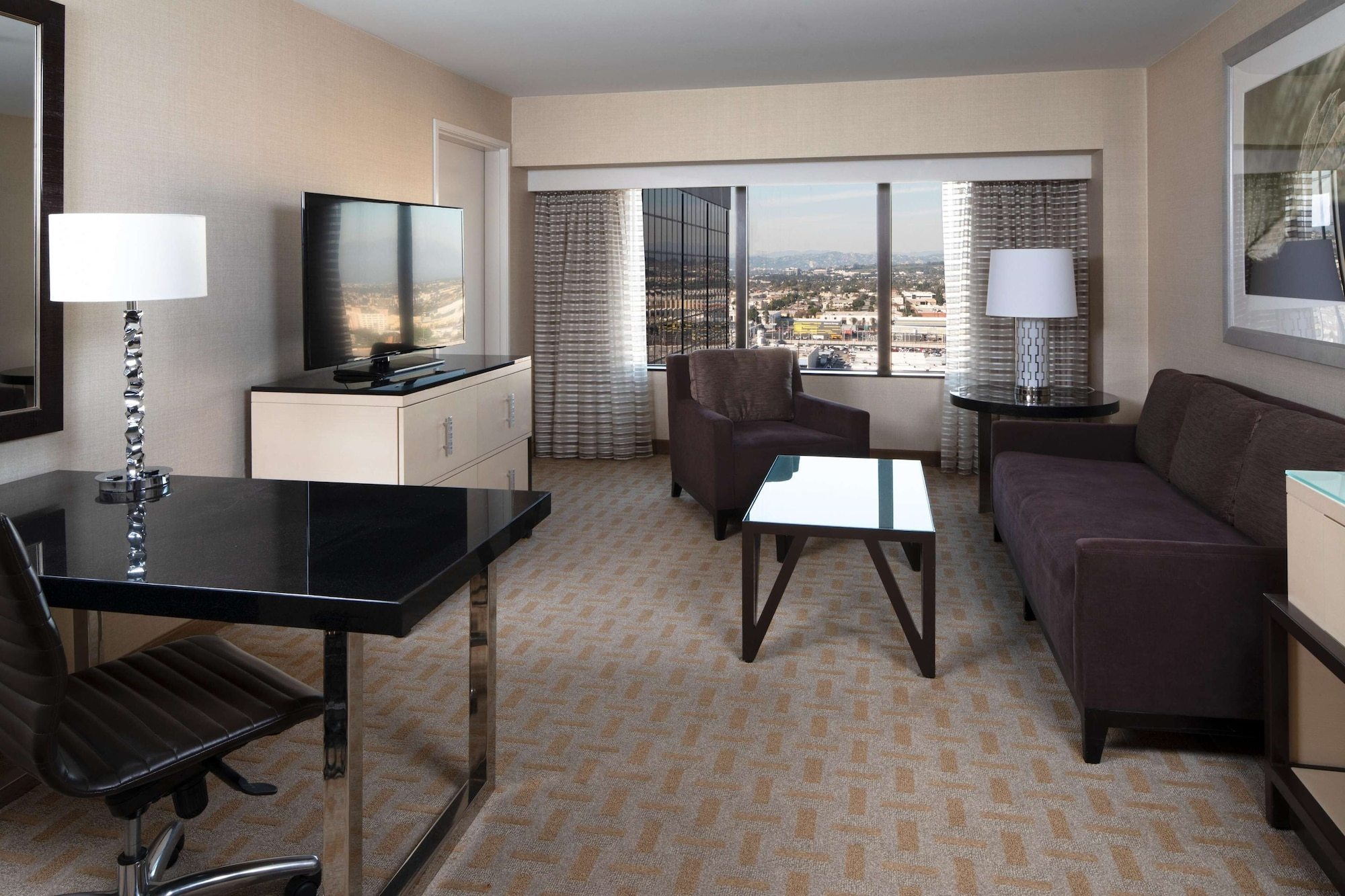 Executive Suite, 2 Double Beds, Accessible (Hearing)