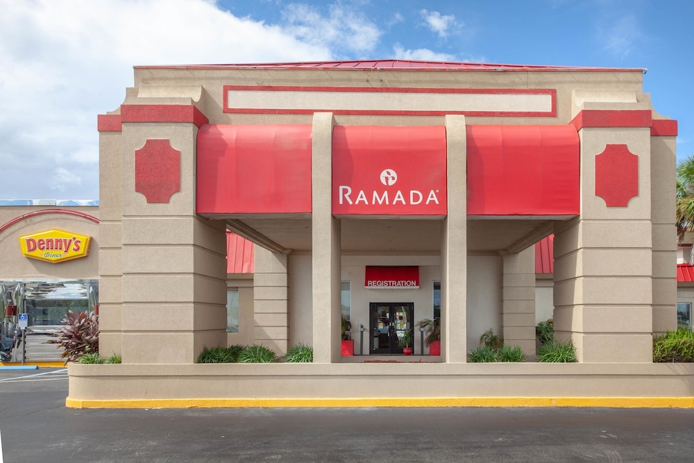 Exterior, Ramada by Wyndham Titusville/Kennedy Space Center