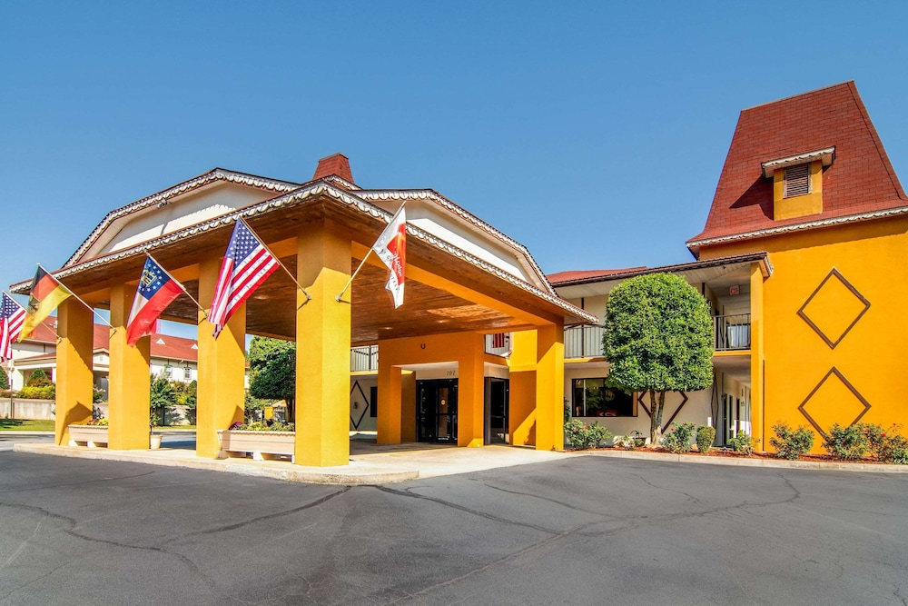 Featured Image, Econo Lodge Helen