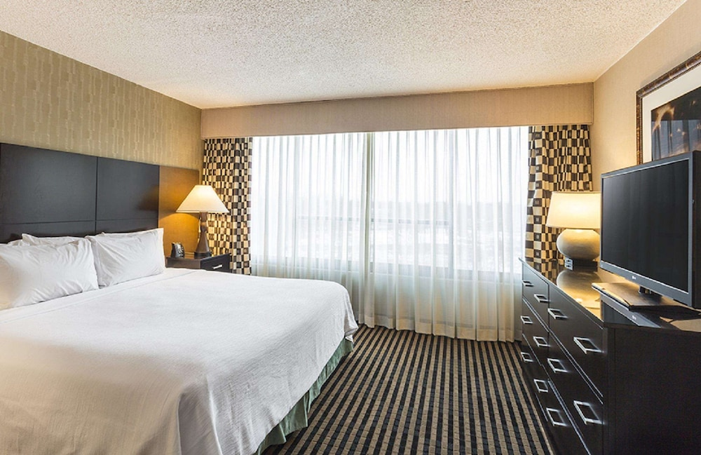 Room, Embassy Suites Piscataway - Somerset