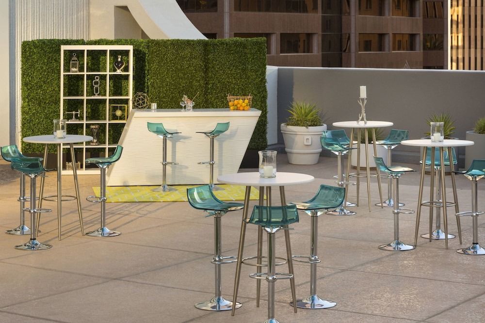 Terrace/Patio, Renaissance Phoenix Downtown