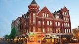 The Blennerhassett Hotel - Parkersburg Hotels