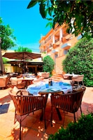 Hotel La Perouse (5 of 105)