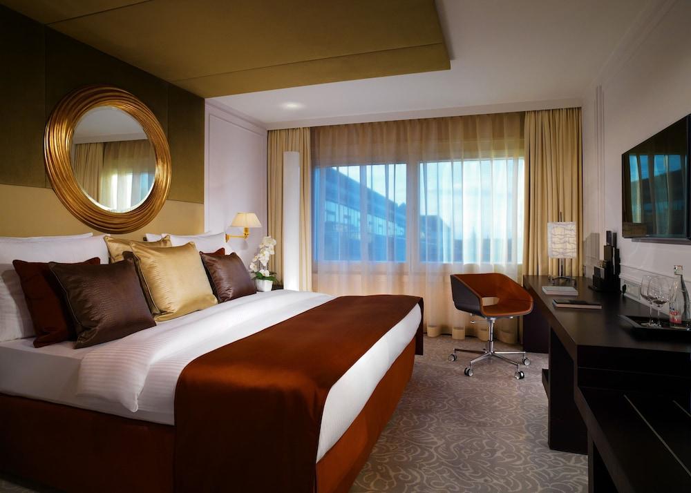 hotel vier jahreszeiten kempinski m nchen m nchen. Black Bedroom Furniture Sets. Home Design Ideas