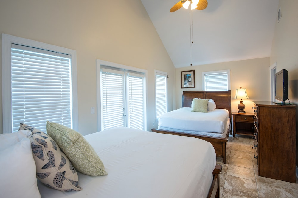 Extra Beds, Hawks Cay Resort