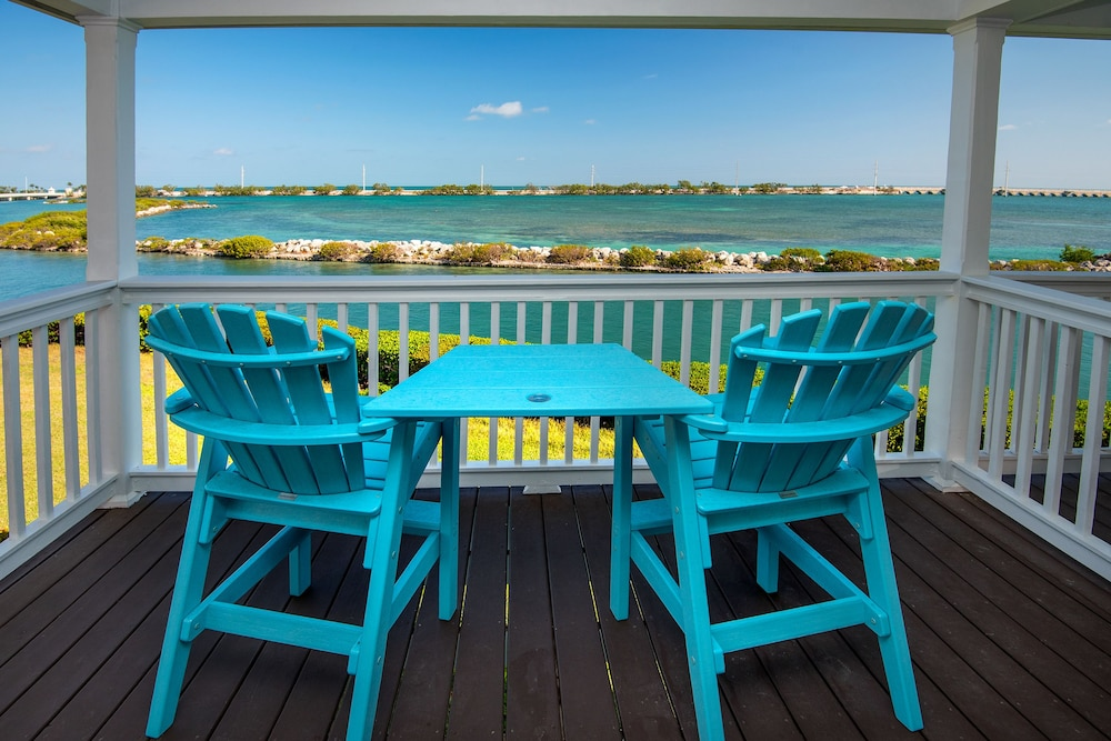 Balcony, Hawks Cay Resort