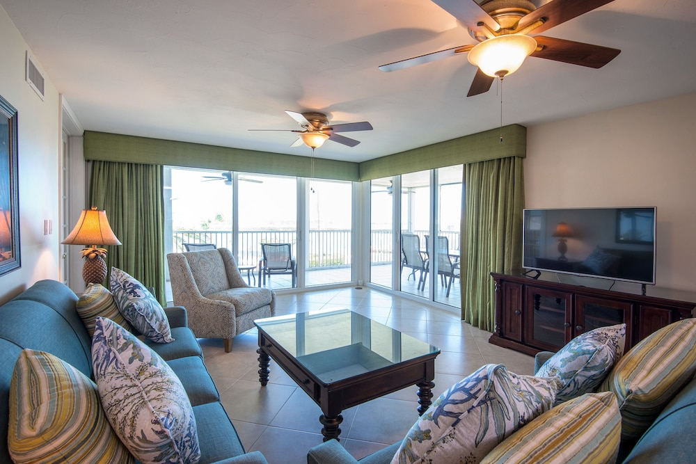 Living Area, Hawks Cay Resort
