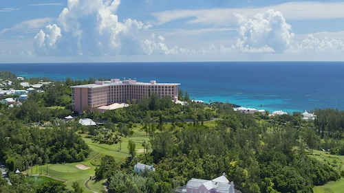 Fairmont Southampton, Bermuda Beach Resort
