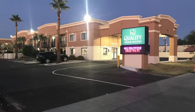 Quality Inn Suites Near Downtown Mesa In Phoenix Az Expedia