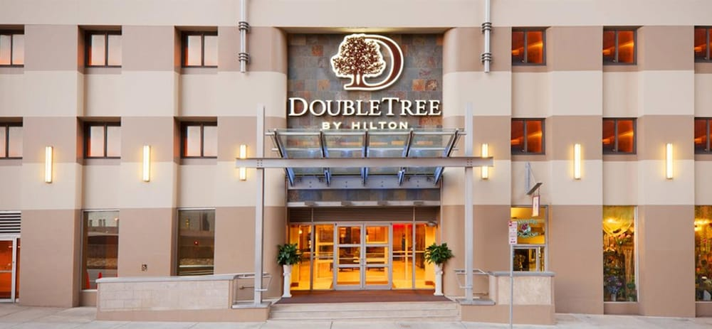 DoubleTree by Hilton Hotel & Suites Pittsburgh Downtown in