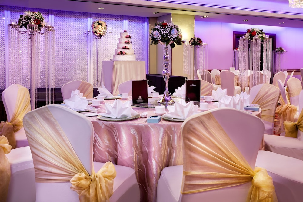 Indoor Wedding, Holiday Inn Singapore Orchard City Centre