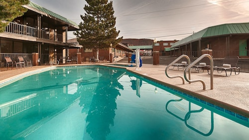 Great Place to stay El Rey Inn & Suites near Cedar City