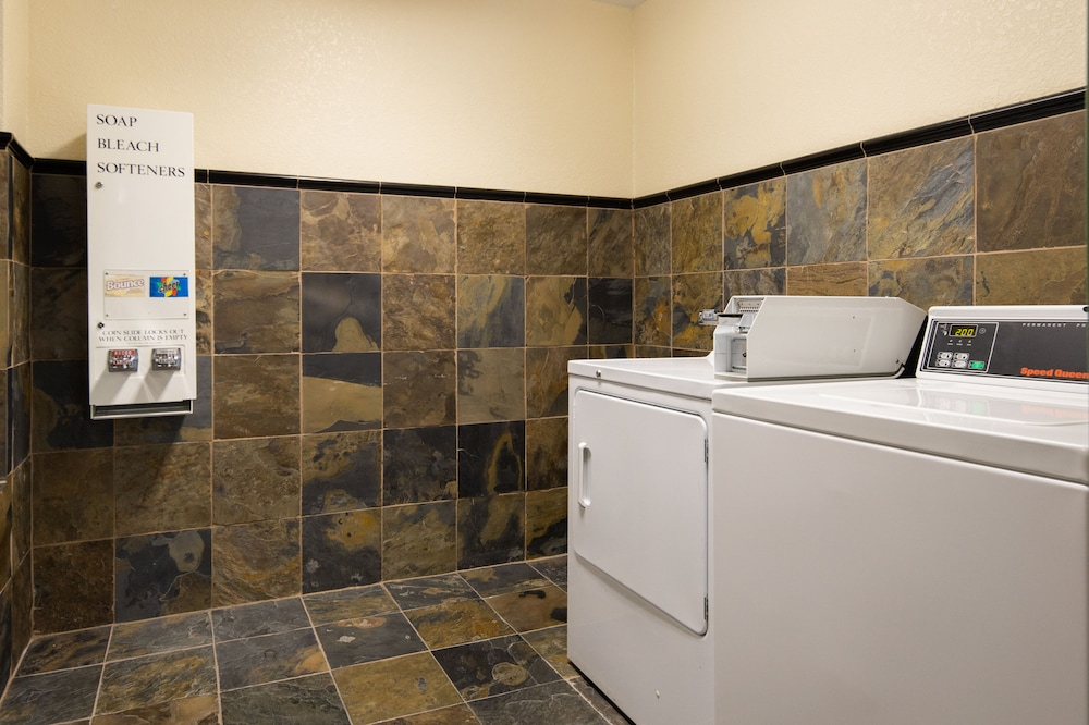 Laundry Room, Atherton Park Inn & Suites