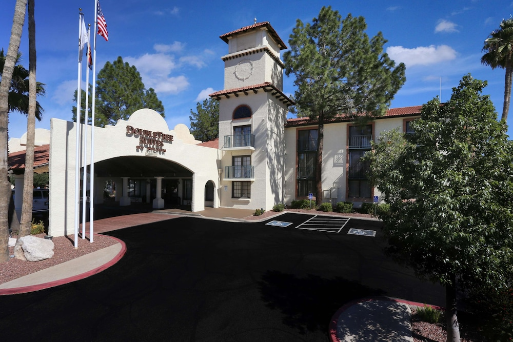 Featured Image, DoubleTree Suites by Hilton Tucson Airport