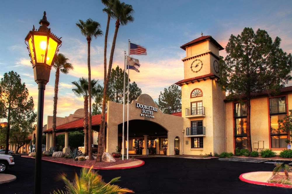 Front of Property, DoubleTree Suites by Hilton Tucson Airport