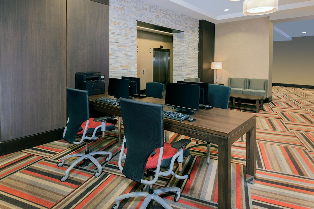 Business Center, Four Points by Sheraton Niagara Falls Fallsview