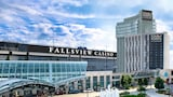Four Points by Sheraton Niagara Falls Fallsview - Niagara Falls Hotels