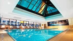 Indoor pool, outdoor pool, open 7:00 AM to 10:00 PM, pool loungers
