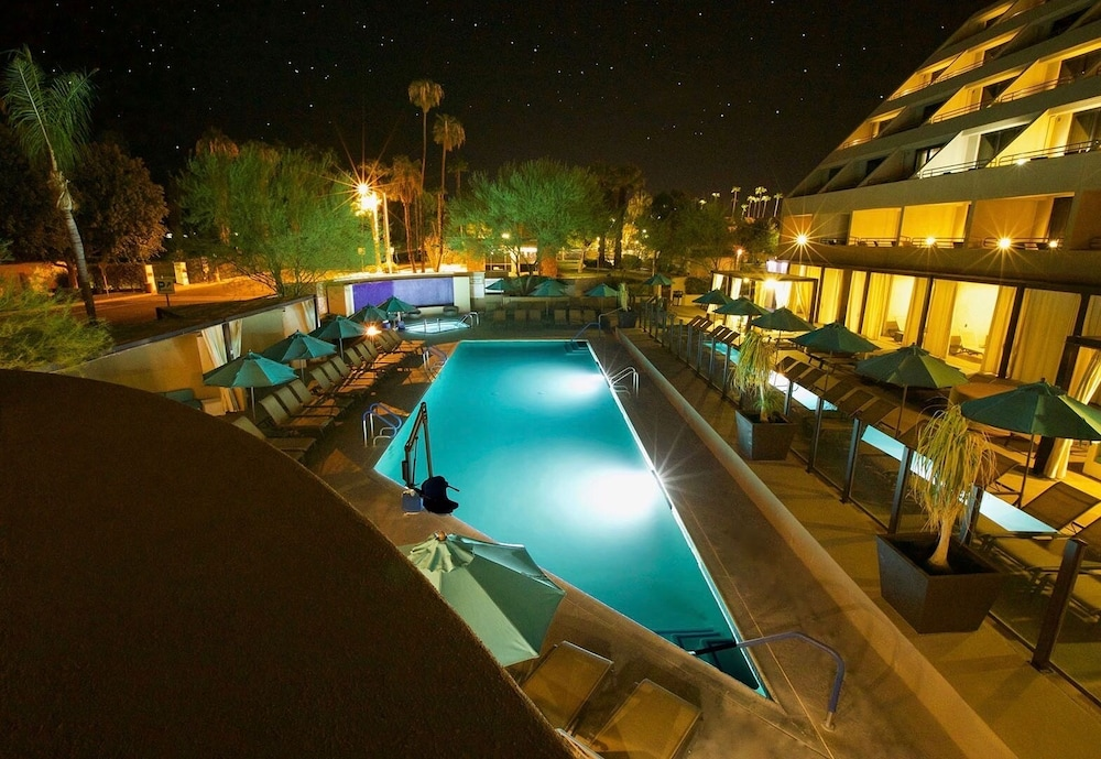 Outdoor Pool, Hyatt Palm Springs