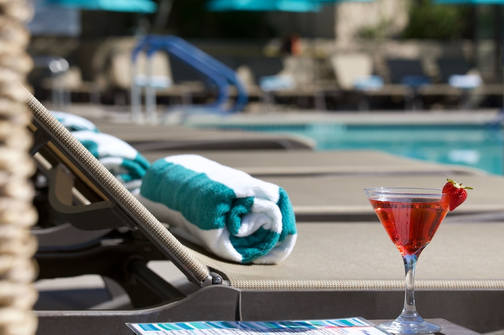 Poolside Bar, Hyatt Palm Springs