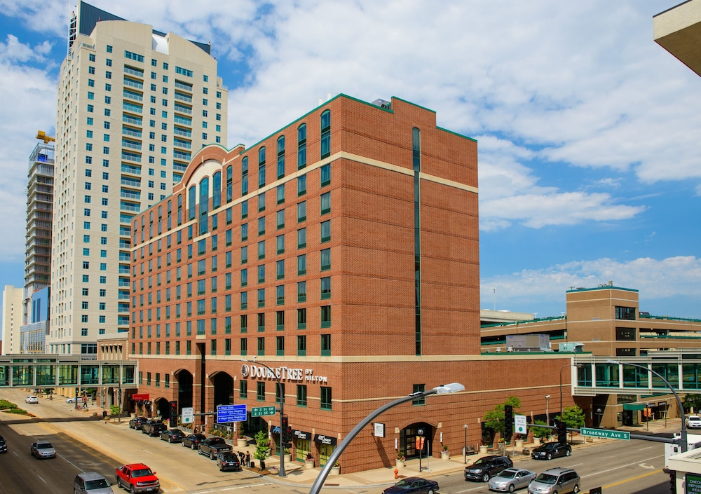 DoubleTree by Hilton Hotel Rochester - Mayo Clinic Area: 2019 Room