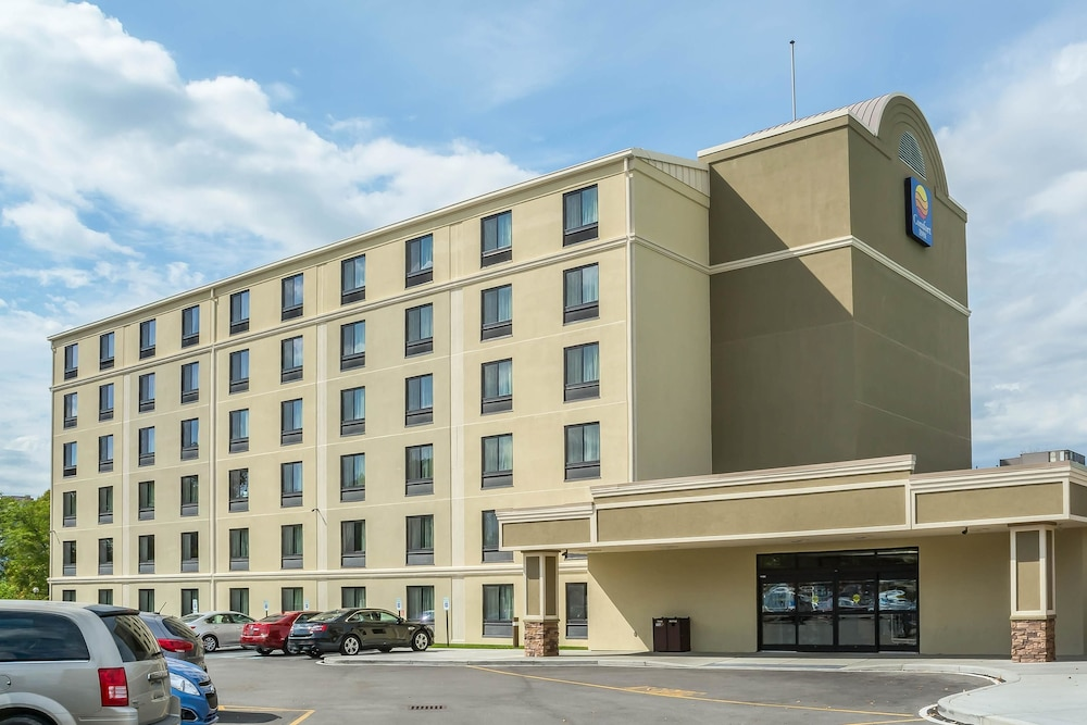 Featured Image, Comfort Inn The Pointe
