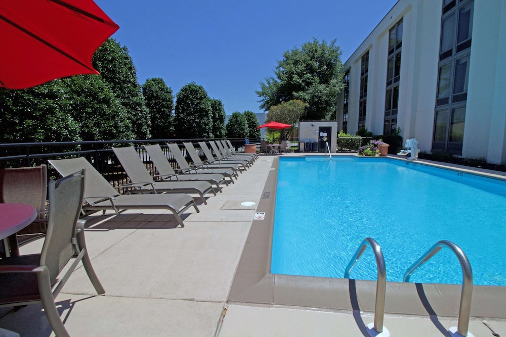 Pool, Hampton Inn Norfolk/Chesapeake (Greenbrier Area)