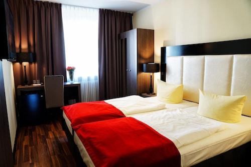 アドミラル ホテル