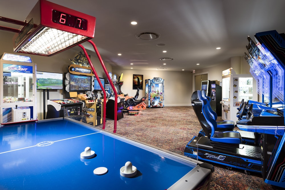 Game Room, Trump National Doral Miami