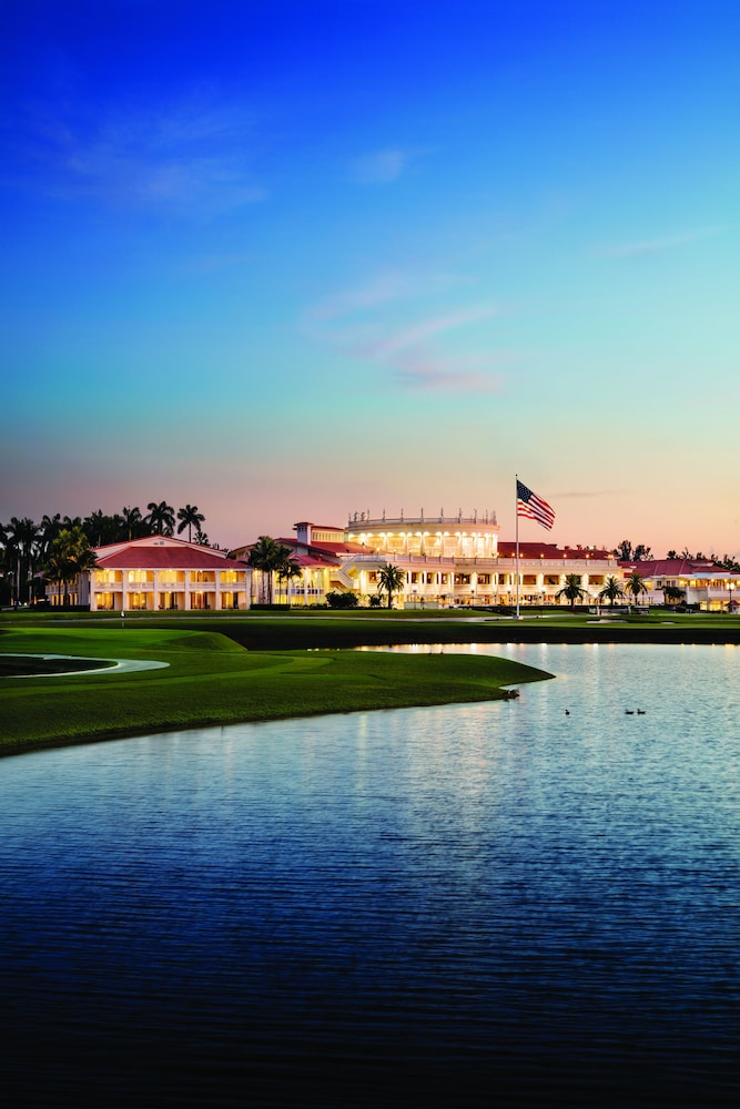 Front of Property - Evening/Night, Trump National Doral Miami