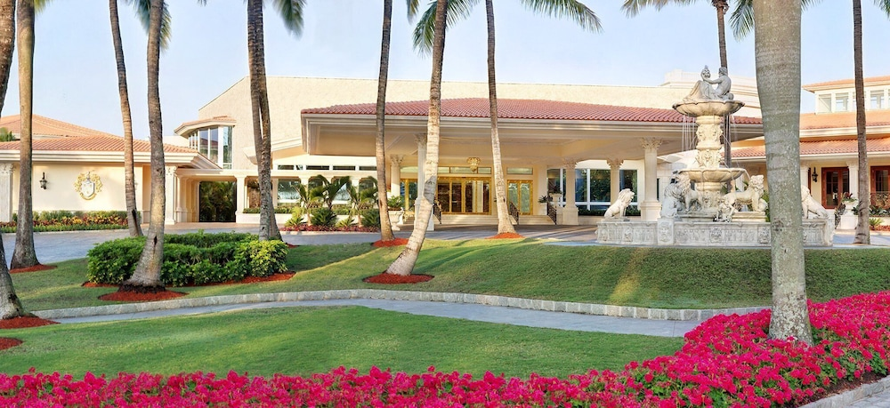 Front of Property, Trump National Doral Miami