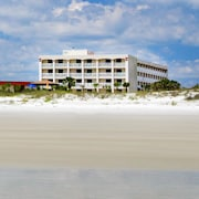 Holiday Isle Oceanfront Resort on St Augustine Beach