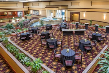Holiday Inn Hotel & Suites Cincinnati - Eastgate