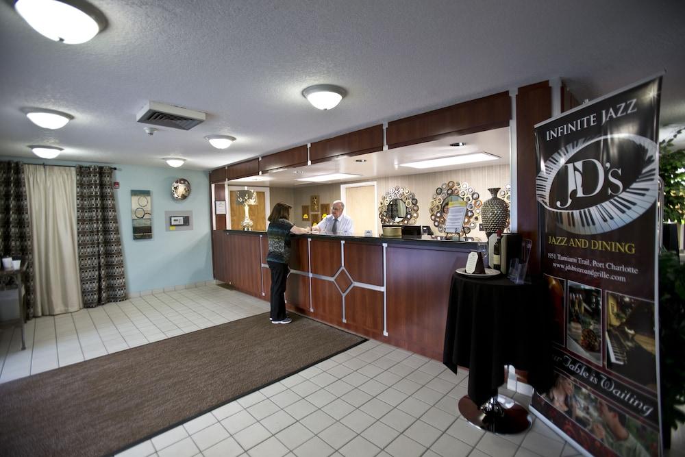 Days Inn By Wyndham Port Charlotte Town Center 2019 Room Prices