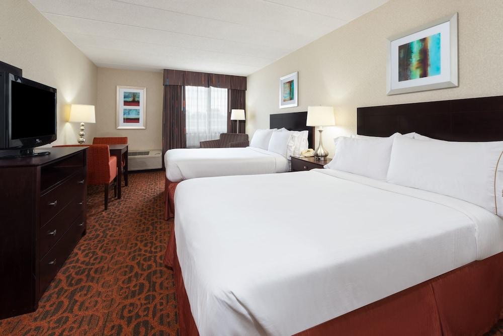 holiday inn express philadelphia ne bensalem in. Black Bedroom Furniture Sets. Home Design Ideas