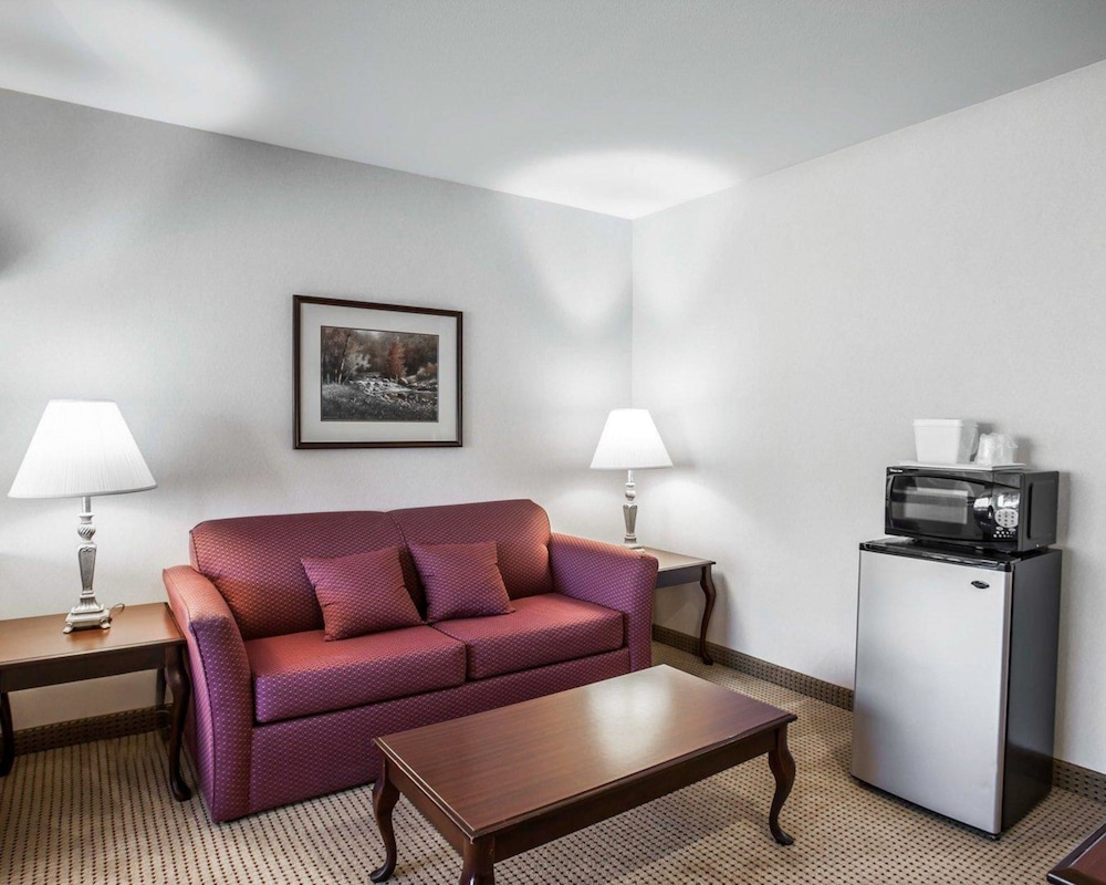 Room, Quality Inn Grand Suites Bellingham