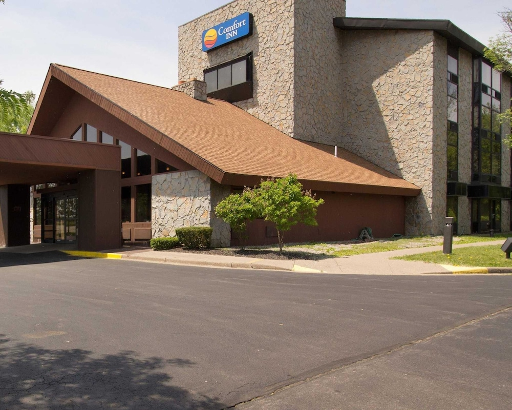 Featured Image, Comfort Inn Carrier Circle