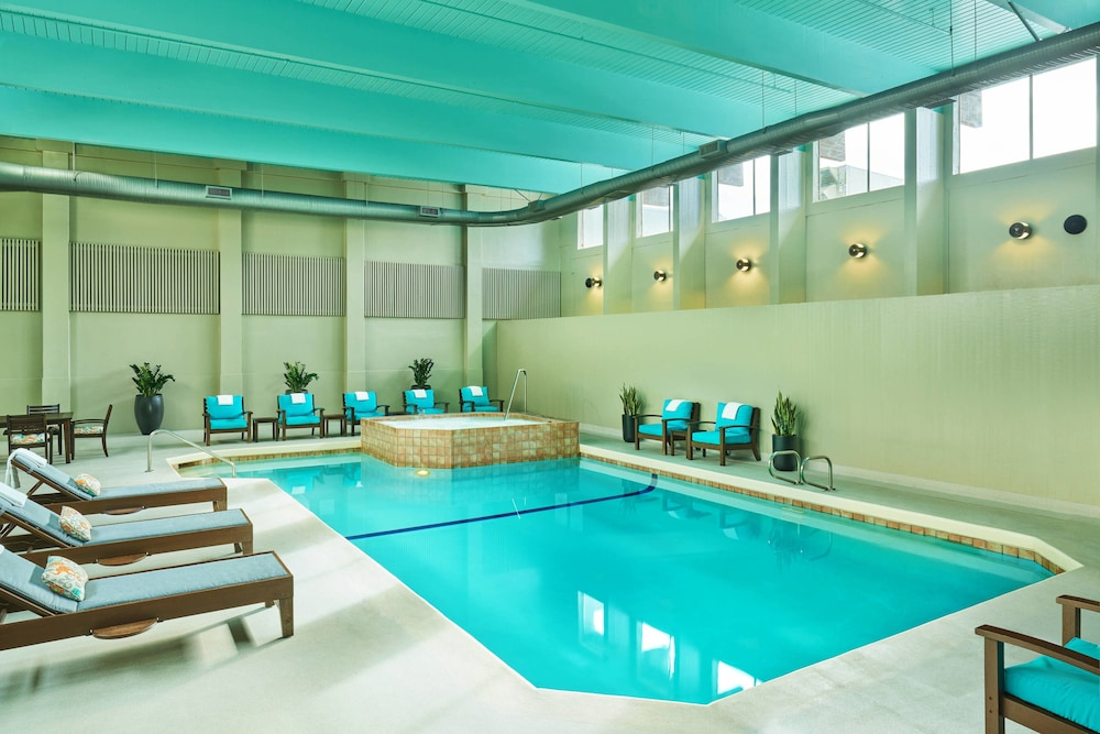 Indoor Pool, Sheraton Portland Airport Hotel