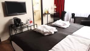 1 slaapkamer, luxe beddengoed, een bureau, verduisterende gordijnen