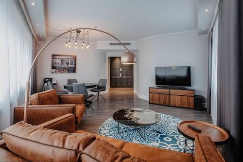Hotels Near Blue Man Group Berlin In Berlin From 39 Ebookers Com