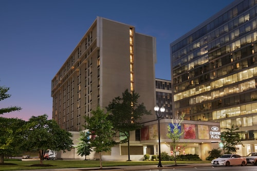 Crowne Plaza Crystal City-Washington