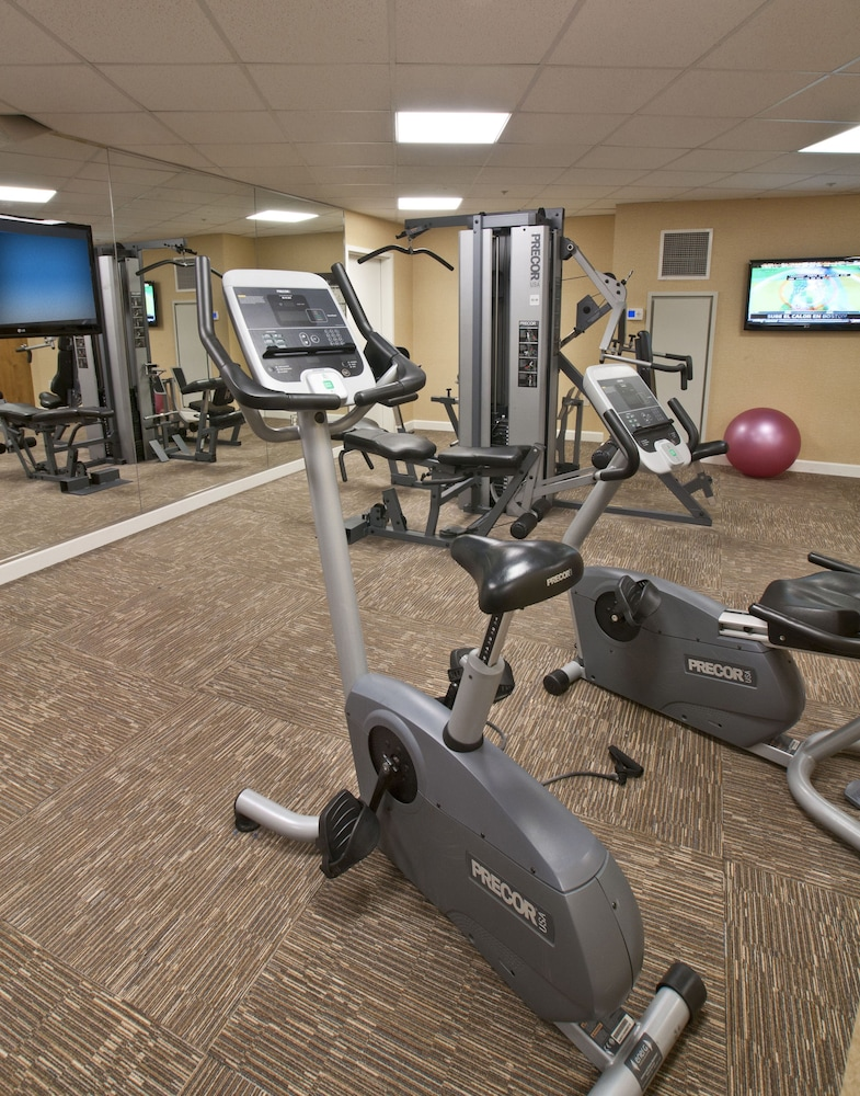 Fitness Facility, Arlington Court Suites, a Clarion Collection Hotel