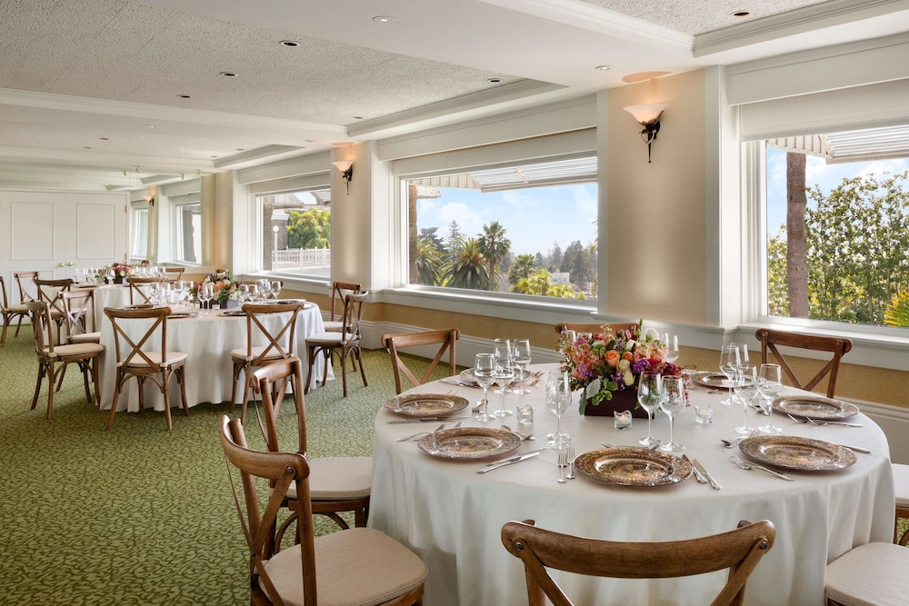 Restaurant, Claremont Club & Spa - A Fairmont Hotel