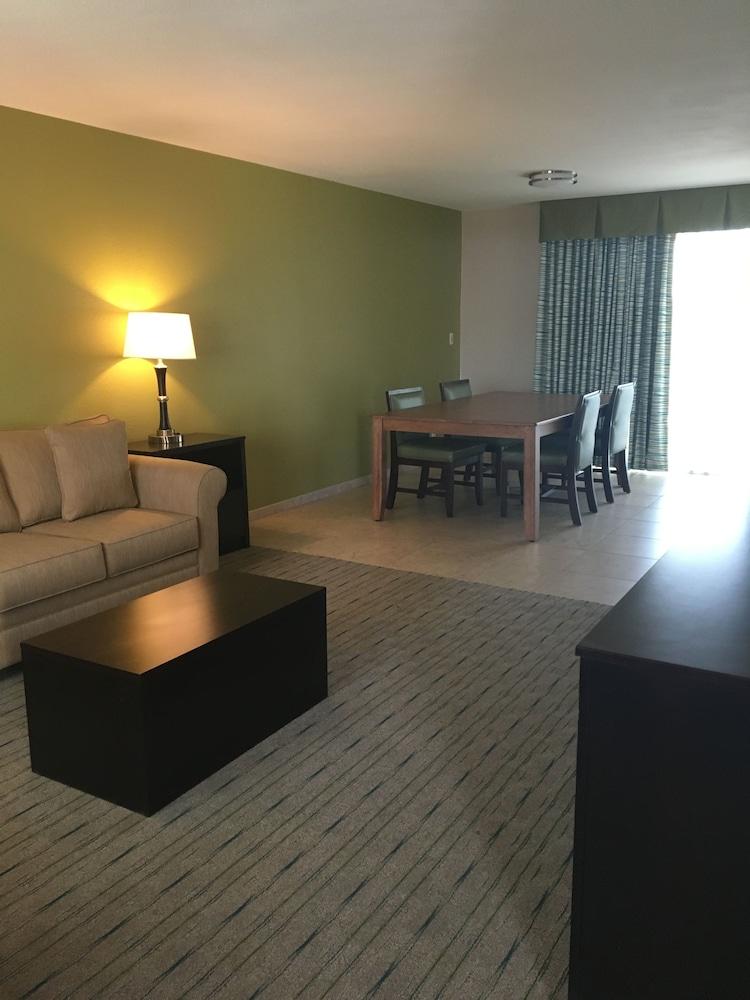San Joaquin Hotel Fresno