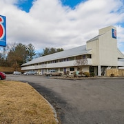 Motel 6 Knoxville, TN - North