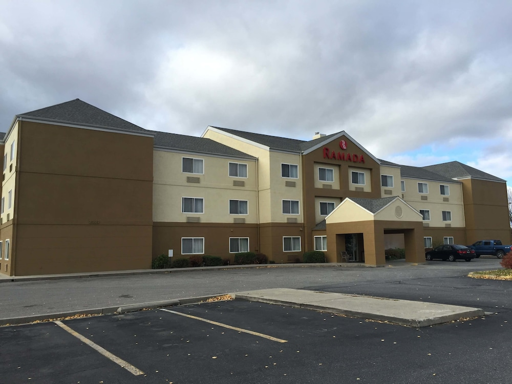 Front of Property, Ramada by Wyndham Coeur d'Alene