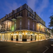 Holiday Inn FRENCH QUARTER-CHATEAU LEMOYNE, an IHG Hotel