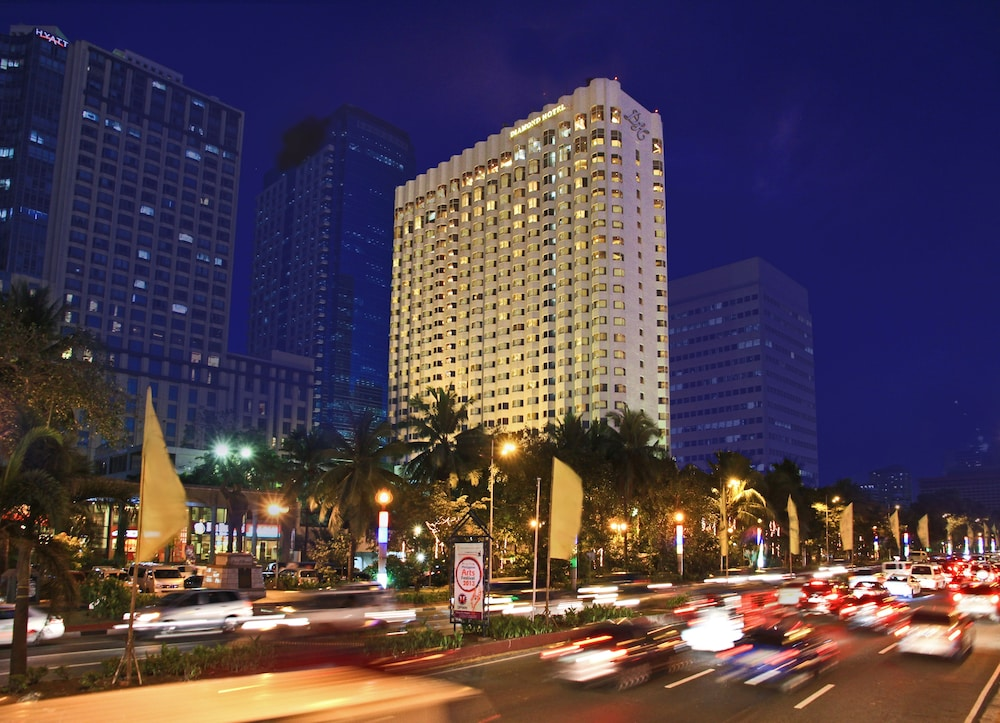 Featured Image, Diamond Hotel Philippines