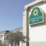 La Quinta Inn & Suites Myrtle Beach at 48th Avenue
